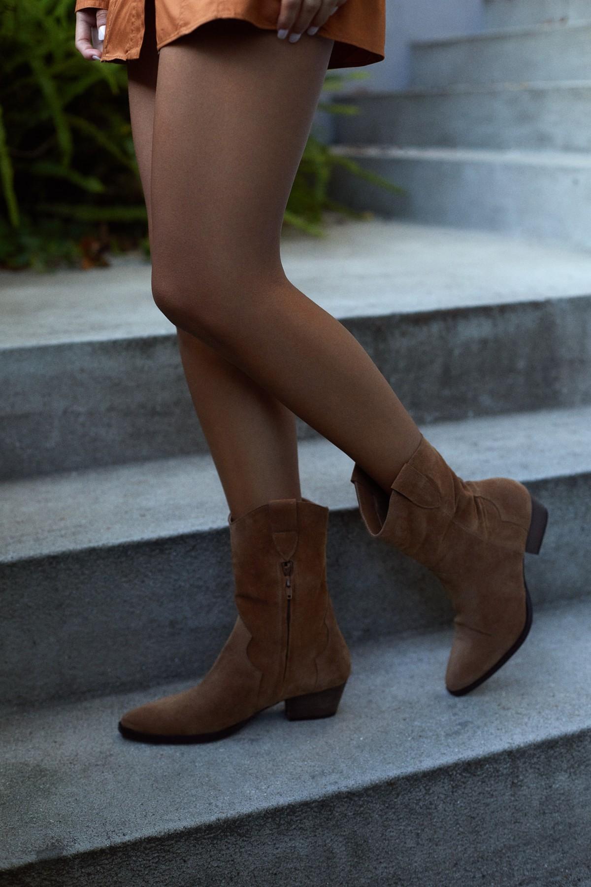 Kika Camel Boots